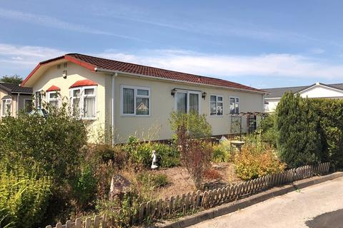 2 bedroom park home for sale - Mossways Park, Wilmslow