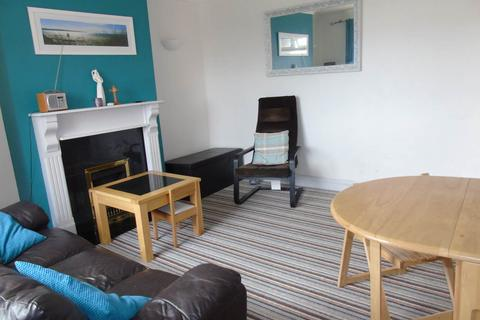 3 bedroom flat to rent - Westfield Crescent, Brighton,