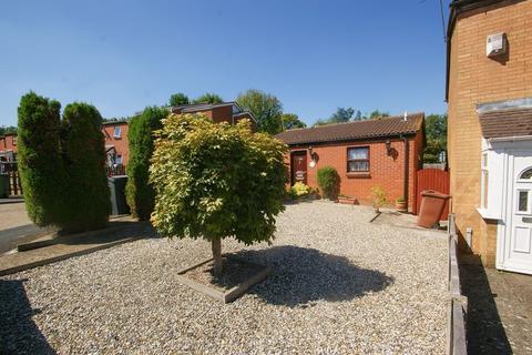 2 bedroom detached bungalow for sale - Purfleet