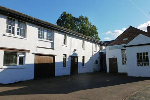 Property to rent - Dorothy Avenue, Cranbrook, Kent TN17 3AL