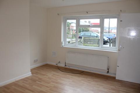 2 bedroom house to rent - Neville Terrace, Leeds,