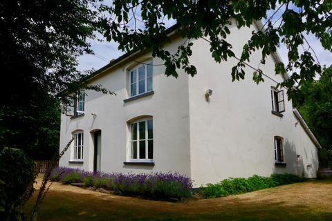 4 bedroom farm house for sale - Wilcrick, Magor