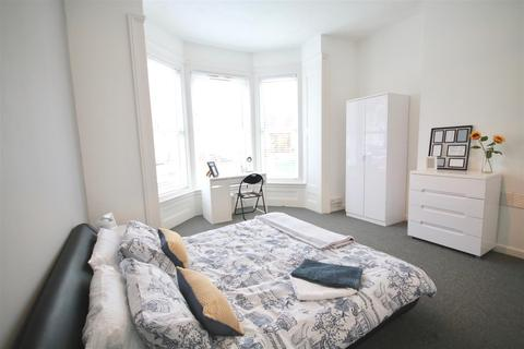 Studio to rent - Stornoway House - Shared Accomodation