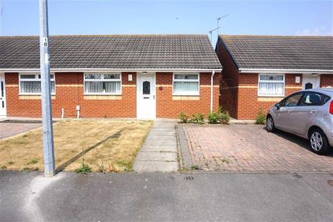 2 bedroom semi-detached house for sale - Sable Close, Hessle, Hull, HU4