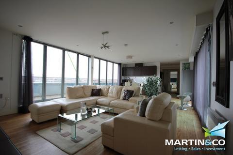 2 bedroom penthouse to rent - Islington Gates, Fleet Street, Birmingham, B3