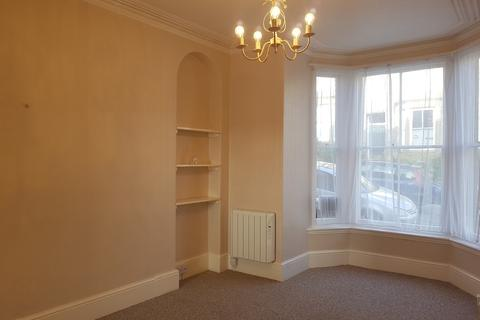 Studio to rent - Lannoweth Road