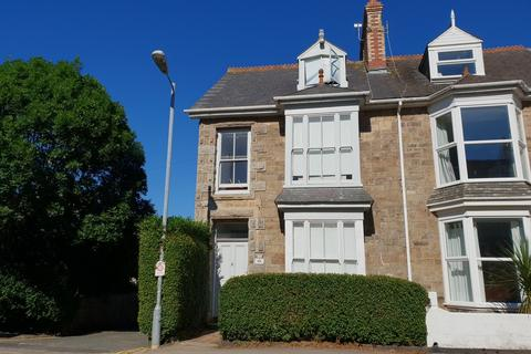 3 bedroom terraced house to rent - Tolver Road, Penzance