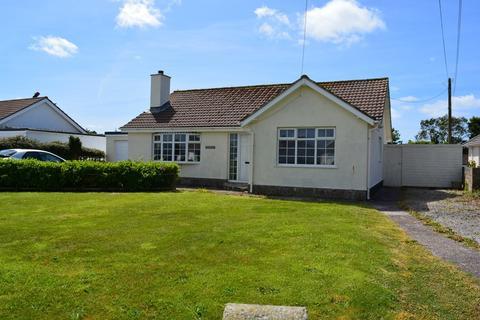 3 bedroom detached bungalow for sale - Newlyn Road, St. Buryan, Penzance