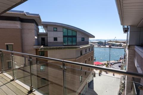 3 bedroom apartment for sale - Dolphin Quays, The Quay, Poole, Dorset