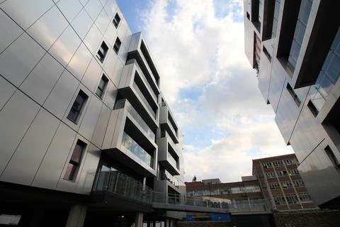 2 bedroom apartment to rent - Geoffrey Watling Way, NORWICH, NORFOLK NR1