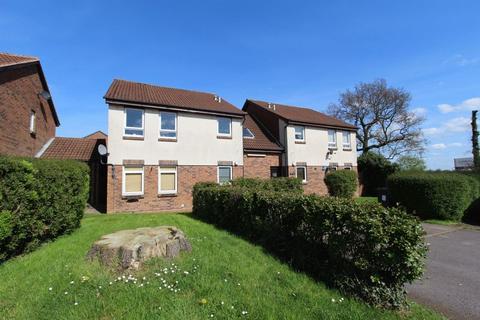 Studio to rent - Gannahs Farm Close, Sutton Coldfield