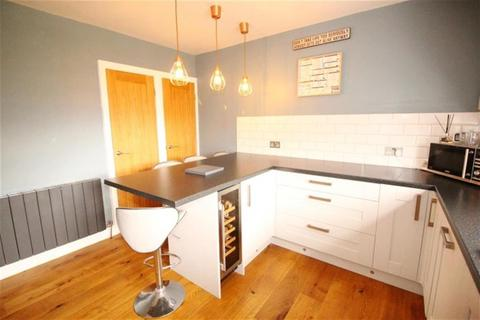 3 bedroom semi-detached house for sale - Chatsworth Fall, Pudsey, LS28 8LA