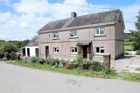 3 bedroom property with land for sale - Capel Isaac, Llandeilo SA19