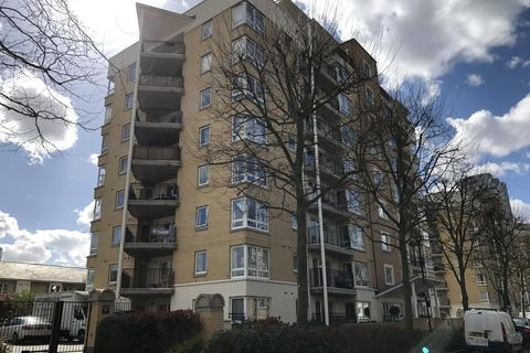 Flat share to rent - Adventurers Court, 12 Newport Avenue, East India Dock