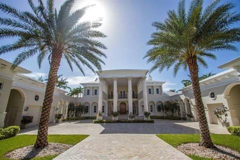 6 bedroom detached house  - Venetian Style Home, Ocean Club Estates, Paradise Island