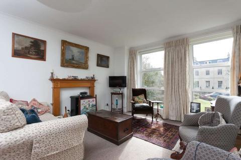 2 bedroom apartment to rent - Bathwick Hill, Bath