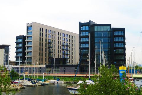 2 bedroom flat for sale - Bayscape, Cardiff Marina, Cardiff, CF11