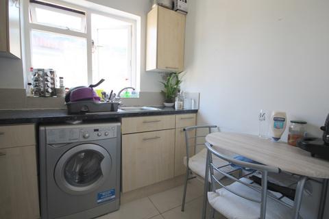 2 bedroom flat to rent - Beresford Road, Wood Green, N8