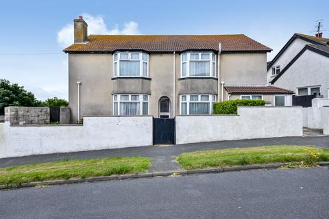 5 bedroom property with land for sale - Little Crescent, Rottingdean, Brighton BN2