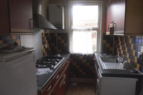4 bedroom terraced house to rent - Staniforth Road, Darnall, SHEFFIELD, S9 3FU