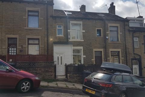 3 bedroom terraced house for sale - Westminster Place, Bradford BD3