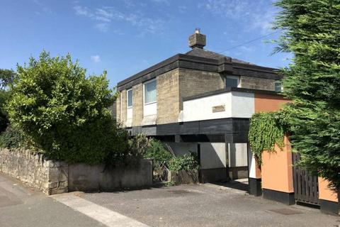 4 bedroom detached house for sale - Whiteway Road