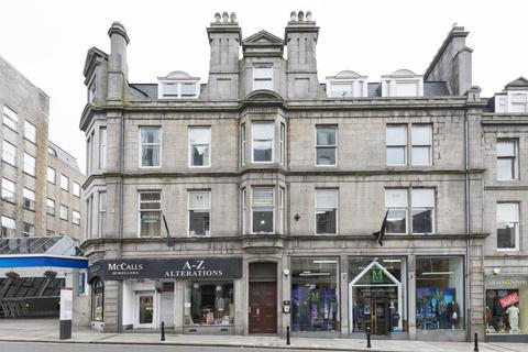 3 bedroom flat to rent - 13 Bridge Street HMO