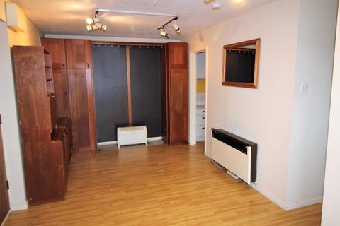 Studio for sale - Greylees Avenue, Beverley High Road