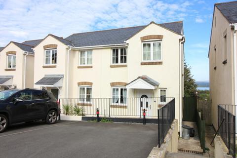 3 bedroom semi-detached house to rent - Bishops Close, Saltash