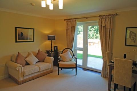2 bedroom apartment to rent - Gibraltar Care Village, Portal Road, NP25
