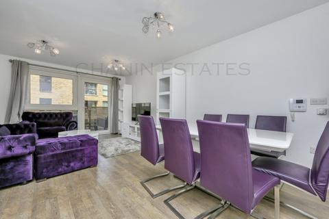 3 bedroom apartment for sale - Copenhagen Court, Deptford SE8