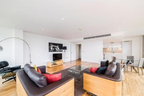 3 bedroom apartment to rent - Landmark Towers, Docklands, london, E14