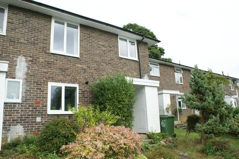 3 bedroom end of terrace house to rent - Austen Close, Winchester