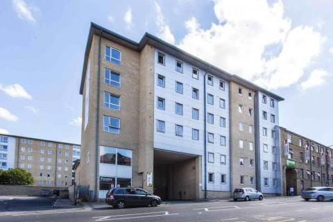 1 bedroom flat share to rent - Horton House Great Horton Road,  Bradford, BD7