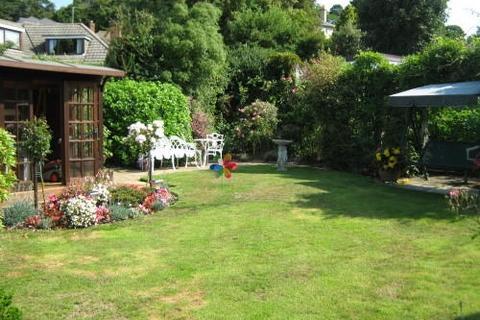 2 bedroom detached bungalow to rent - Dansie Close, Lower Parkstone, Poole