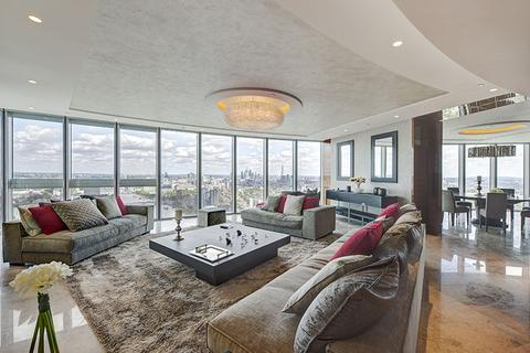 3 bedroom flat for sale - St George Wharf, London. SW8