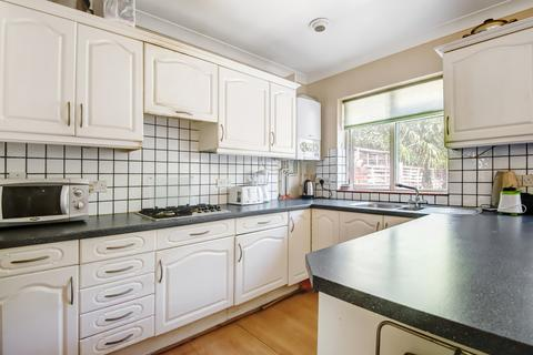 4 bedroom terraced house for sale - Clayhill Crescent, London SE9