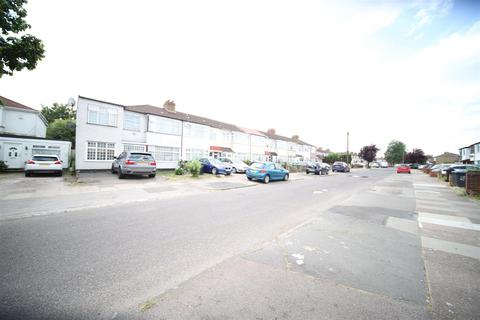4 bedroom house to rent - Clydesdale, Enfield