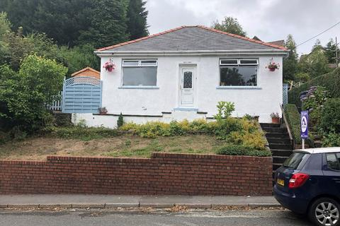 2 bedroom bungalow for sale - Beaufort Hill, Ebbw Vale