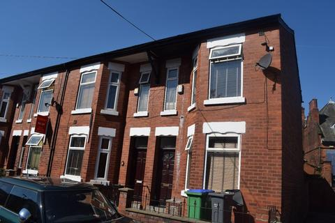 6 bedroom house to rent - Standish Road, Manchester