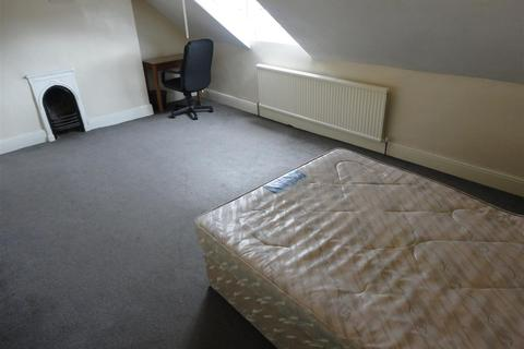 3 bedroom private hall to rent - 83a Mauldeth Road, Fallowfield, Manchester