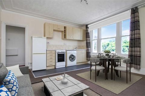2 bedroom flat for sale - Carnarvon Road, Clacton-on-Sea