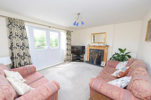 3 bedroom townhouse for sale - Portland Close, Chesterfield