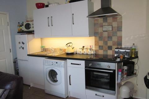 2 bedroom ground floor flat for sale - Queensway, Hayle