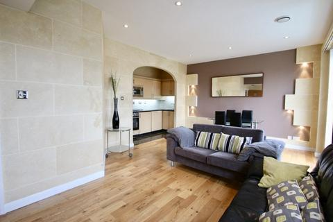 2 bedroom flat to rent - Tower Point, 52 Sydney Road, Enfield