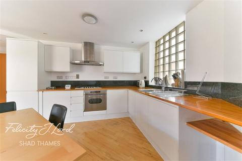 2 bedroom flat to rent - Shad Thames, SE1