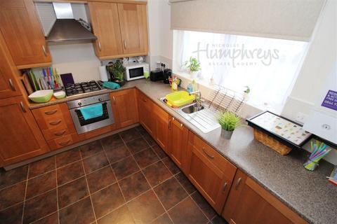 4 bedroom house to rent - **Beeches Hollow** S2 8am to 8pm Viewings