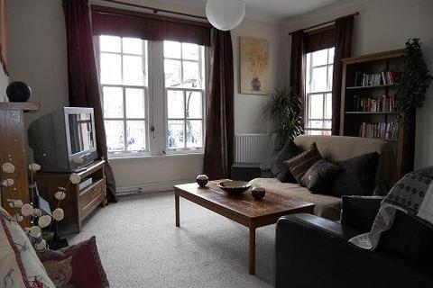 2 bedroom flat to rent - Gray Street, Broughty Ferry, Dundee, DD5 2DN