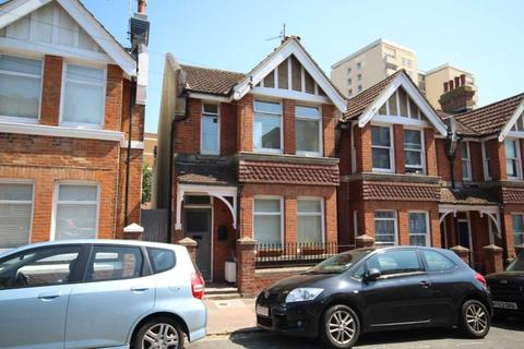 3 bedroom end of terrace house for sale - Tillstone Street, Brighton