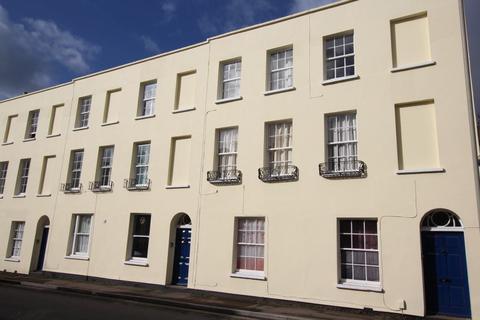 1 bedroom flat to rent - Hewlett Road